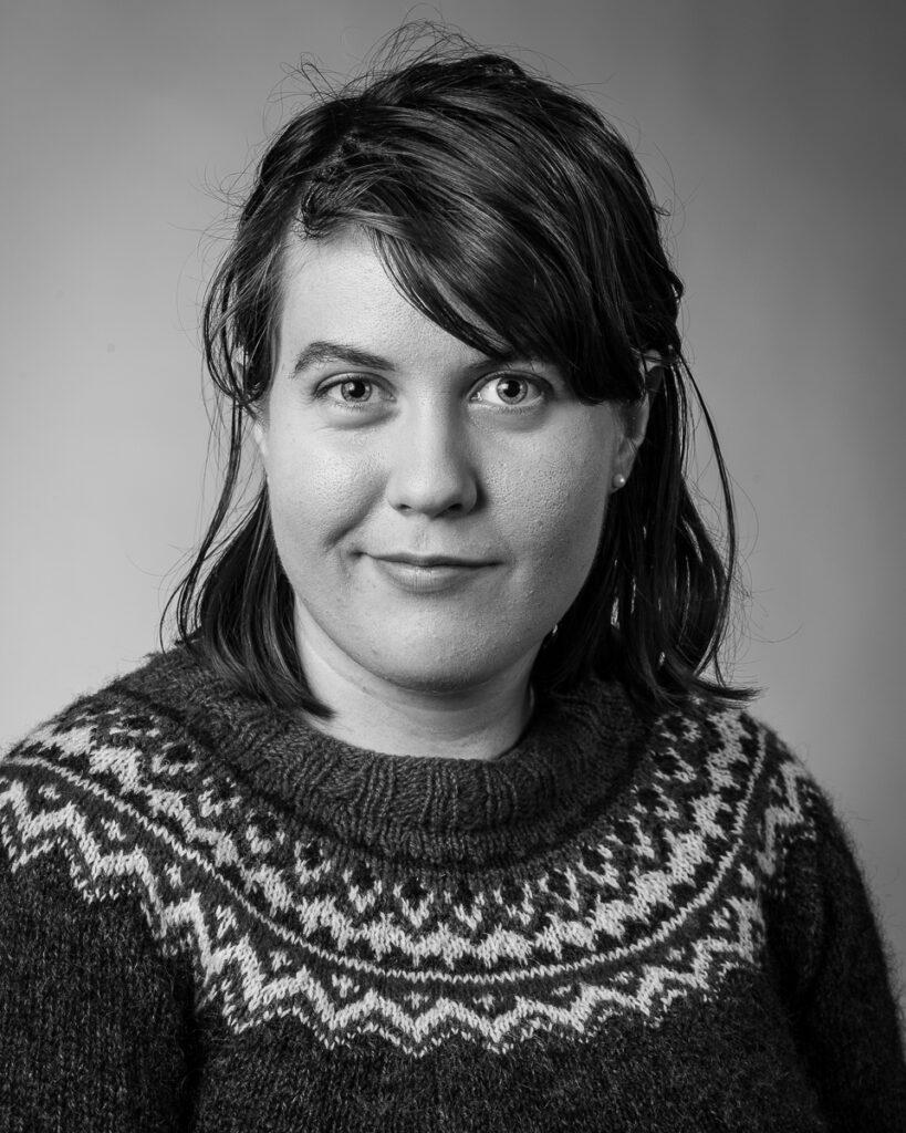 Ester Magnusson, elev vid Sätergläntan institutet för slöjd och hantverk.