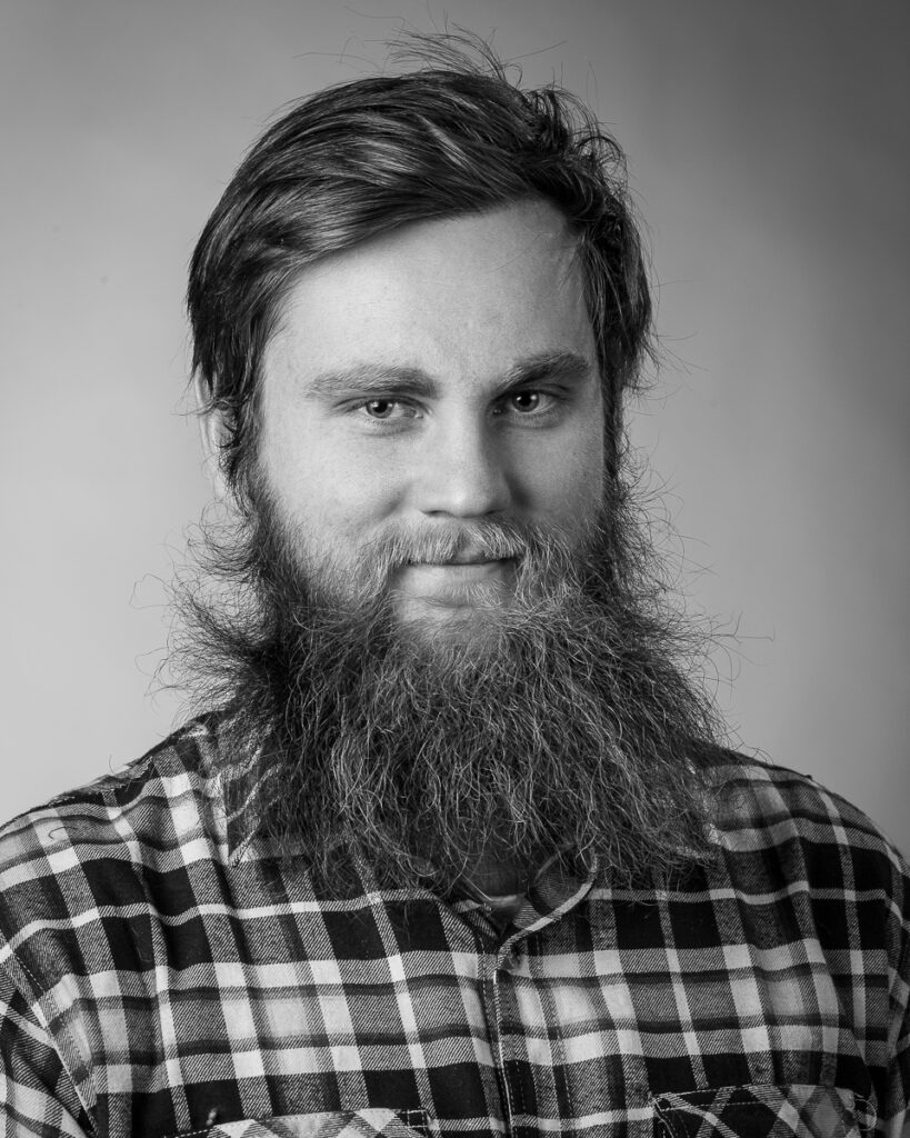 Jonas Wallin, elev vid Sätergläntan institutet för slöjd och hantverk.