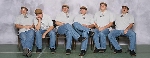 Att fotografera skolfoto inkluderade drygt 180 gruppbilder.