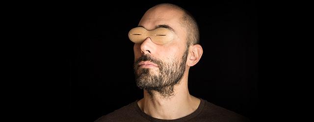 Tobias Birgersson med glasögon. Foto: Christian Habetzeder