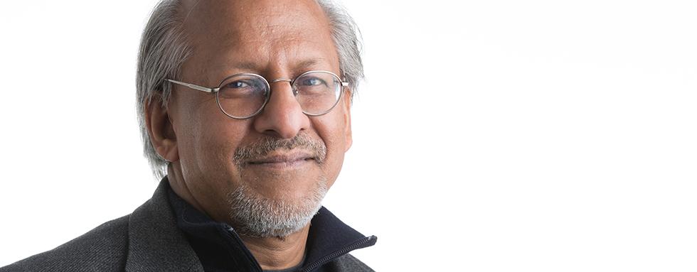 Porträtt av Pravu Mazumdar.